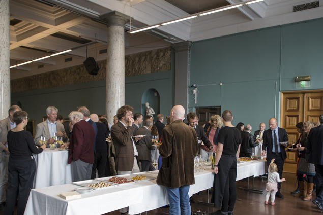 Guest socialise during the opening of the 25th anniversary year at CAS Oslo. Photo: Camilla Kottum Elmar