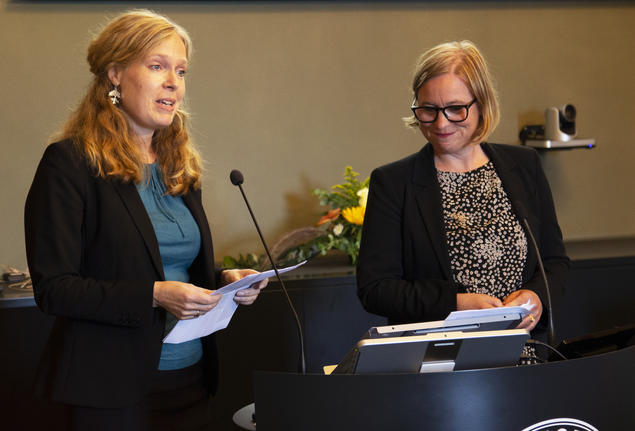 Liv Ingeborg Lied and Marianne Bjelland Kartzow during the CAS Opening Ceremony 2020, which was streamed on Facebook due to the Corona pandemic. Photo: Karoline K.Isaksen / Centre for Advanced Study (CAS)