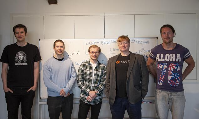 Project leader Paul Arne Østvær together with four of his project participants. From the left: John Christian Ottem, professor at UiO, Dr. Håkon Kolderup, Nikolai Thode Opdan, a master's degree student at UiO, and Ola Sande, a Ph.D. candidate at UiO. Photo: Marit Fiksdal / Centre for Advanced Study (CAS)